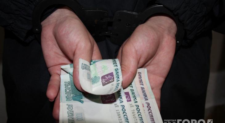 Под Ярославлем мужчина предлагал за 200 рублей откупиться от гаишников