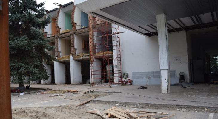 Здание речного вокзала снова переделывают: что с ним будет