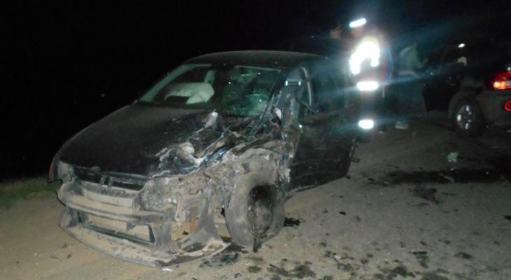 Три человека пострадали в серьезном ДТП под Ярославлем
