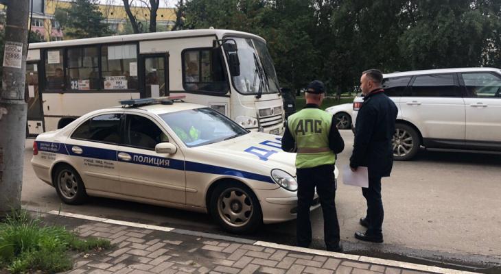 За безобидное действие оштрафуют на 25 тысяч: кого подлавливают в ГИБДД