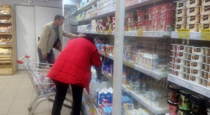 """""""Сосите барбарис"""": эксперты о том, сколько тратят в магазинах ярославцы"""
