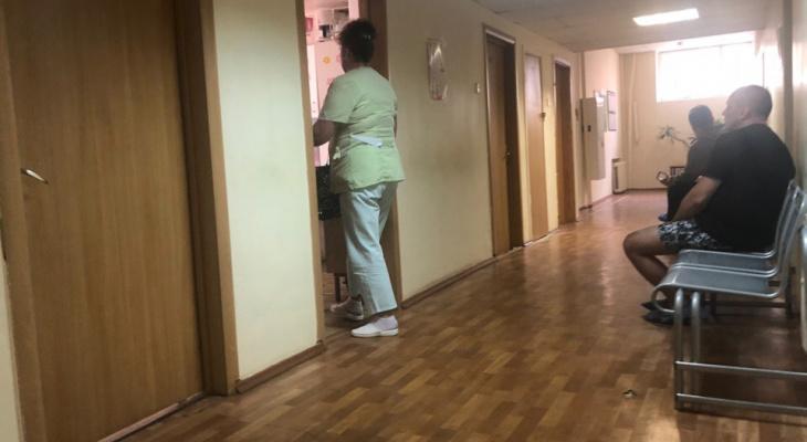 Думала, что прыщик: врач из Ярославля о первом признаке смертельной болезни