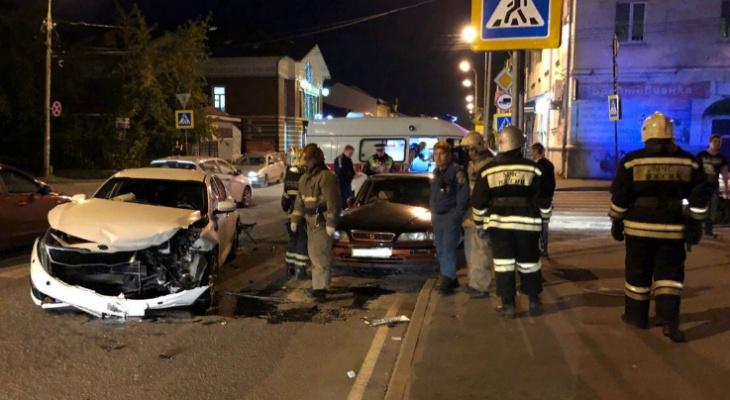 Молодая пара пострадала в страшной аварии в Рыбинске: подробности ДТП