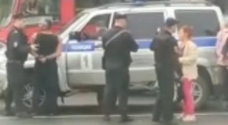 """""""Два экипажа летело"""": ярославца заковали в наручники на оживленной дороге"""