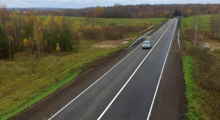 """Губернатор Дмитрий Миронов:  """"В регионе отремонтируют более 160 километров дорог"""""""