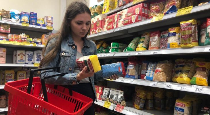 А то слишком дешево: минимальную цену на сахар хотят ввести в России