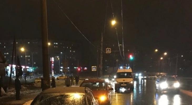 """""""Таксист почувствовал удар сбоку"""": подробности ДТП с погибшей студенткой в Ярославле"""