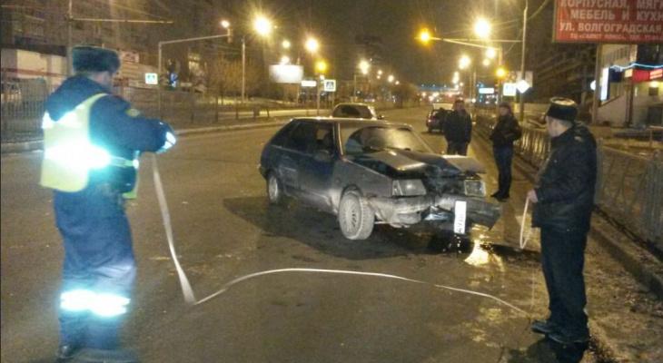 Сгинул под колесами: на Московском погиб мужчина с собакой