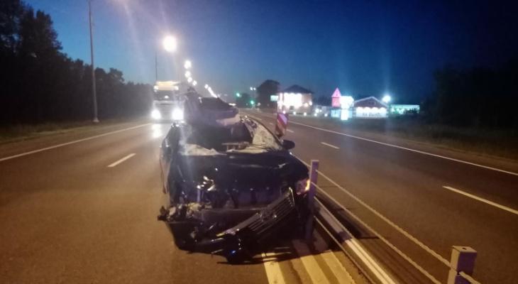 Чудовище выскочило на дорогу: молодой водитель переломался в странном ДТП под Ярославлем
