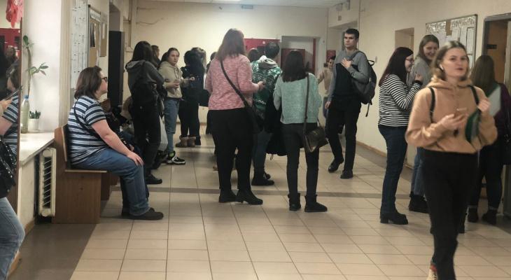 К ученикам в школах приставят особого человека: заявление Минспросвещения