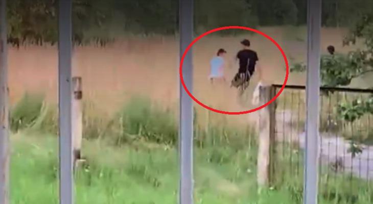 """""""Бил сына ногами и палкой, кулаками"""": следователи нашли отчима из Рыбинска. Видео"""