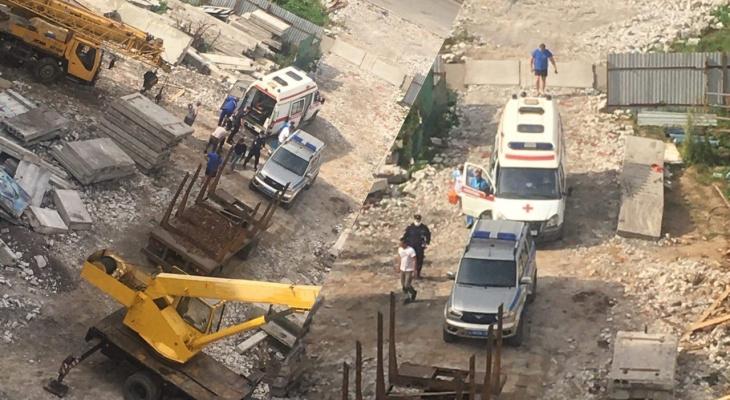 Сорвался вниз вместе с плитой: следователи рассказали о ЧП в Брагино