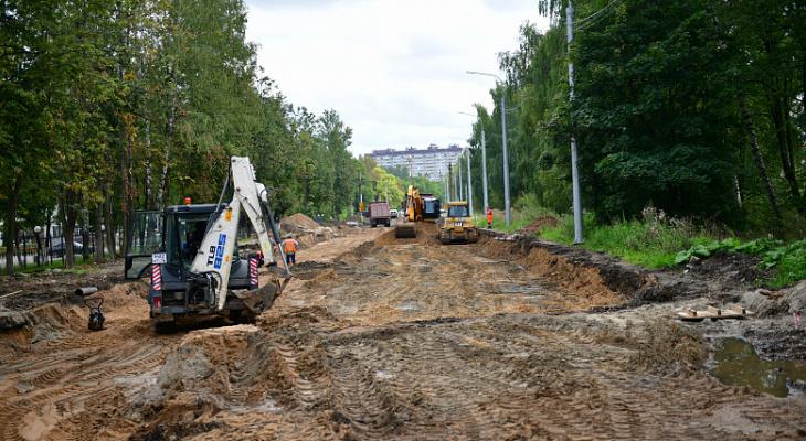 Месяцы мучений: назвали дату окончания ремонта Тутаевского шоссе