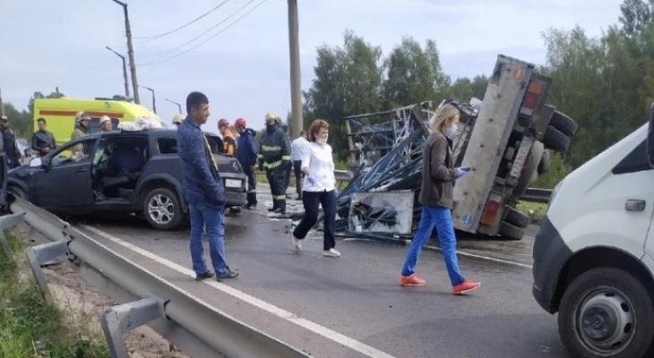 Люди стонали под грудой металла: в ДТП на Гагарина пострадали трое