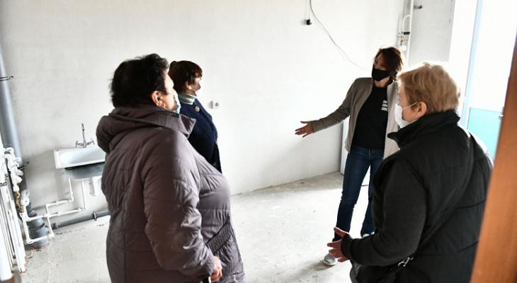 «Это просто сказка!»: после заявления губернатора о расселении жильцам с Батова показали квартиры в новостройках