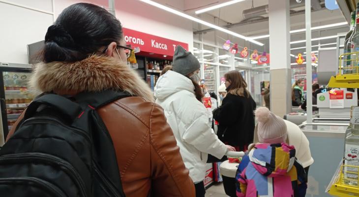 Стирал записи с камер: предприимчивый ярославец ограбил магазин почти на миллион
