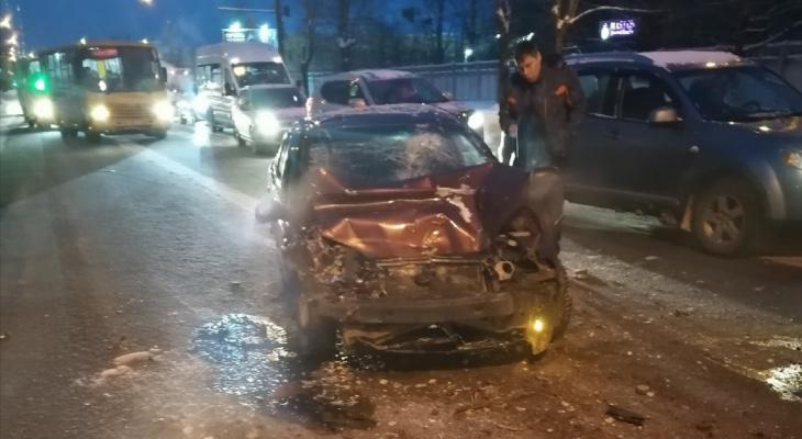 Покалечил кондуктора: подробности ДТП с пьяным водителем в Ярославле