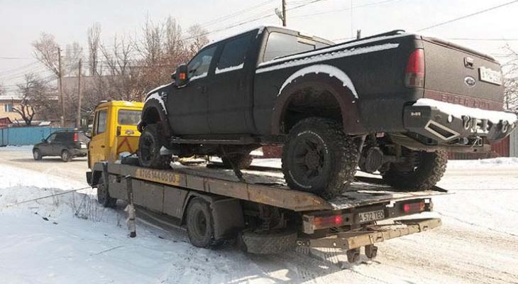 Ярославских автомобилистов ждут проблемы из-за уборки снега: когда и где