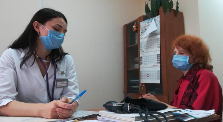 Помогла болезнь: как появляются ковид-неприкасаемые люди