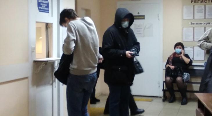 Спать приходится в верхней одежде: пациенты больницы под Ярославлем замерзают в палатах