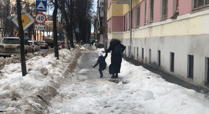 Субботник в 25 градусный мороз объявила мэрия: кто станет убирать снег
