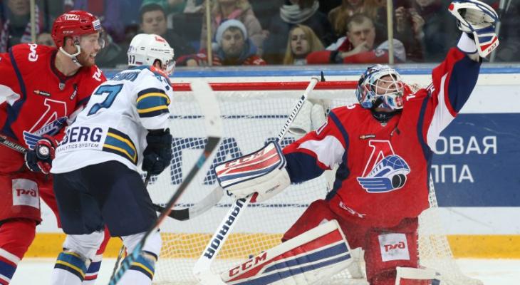 В Ярославле хоккейный фанат разорвал лицо друга, болевшего за другую команду