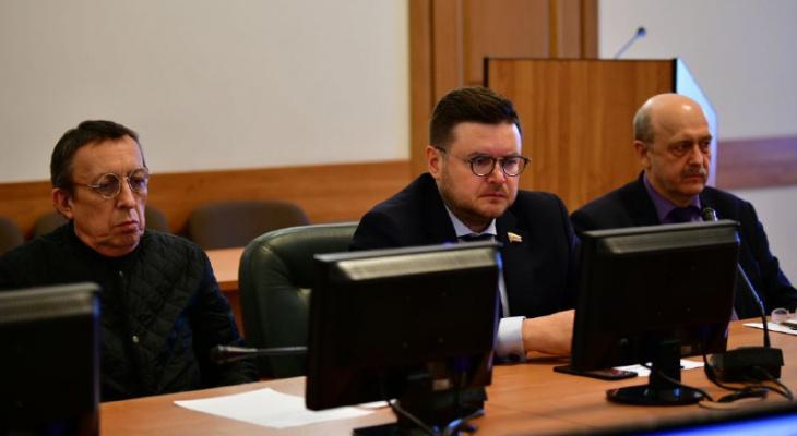 В Ярославле задержали депутата облдумы: что известно к этому часу