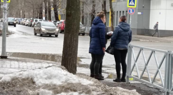 Был на грани смерти: в Ярославле на мосту спасли мужчину
