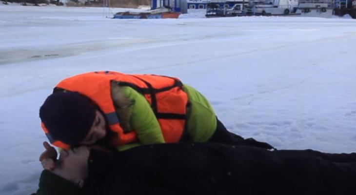 Умирал 10 минут от переохлаждения: в Рыбинске трагически погиб юноша