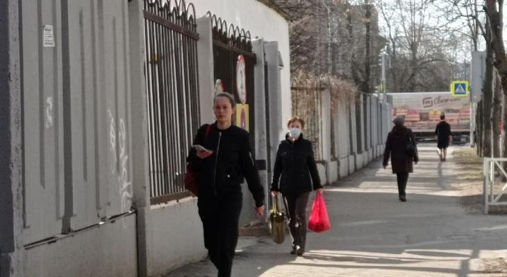 Ярославцев стали вакцинировать от ковида в торговых центрах