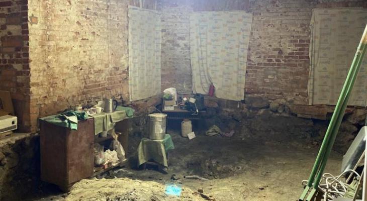 Подвал раздора: в Ярославле разрушается памятник архитектуры