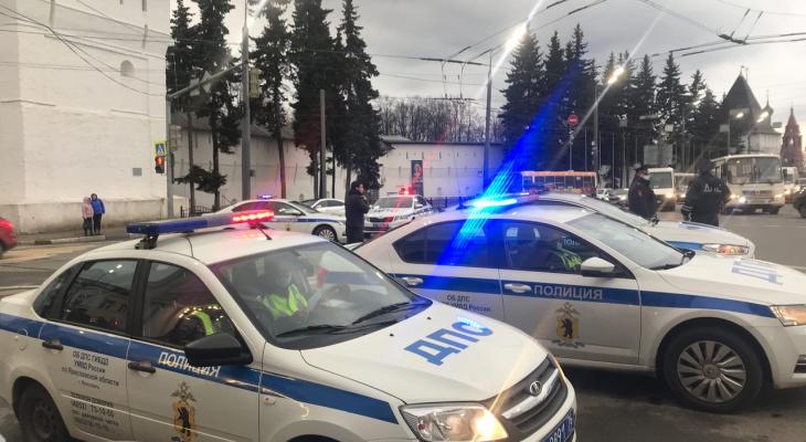 Убил человека: в Ярославской области водителем автобуса работал наркоман