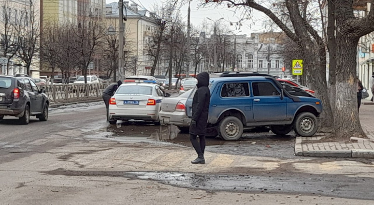 Умер в машине: под Ярославлем произошла жуткая авария