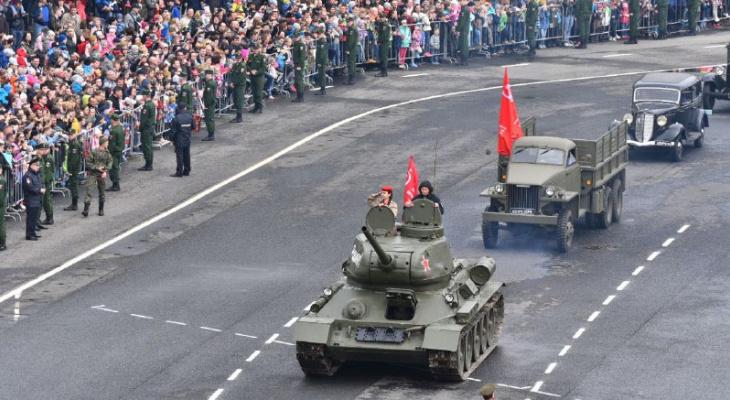Парад военной техники и салют: где погулять на майские праздники в Ярославле