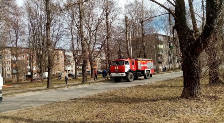 Зарплаты станут выше: ярославские пожарные начнут получать больше